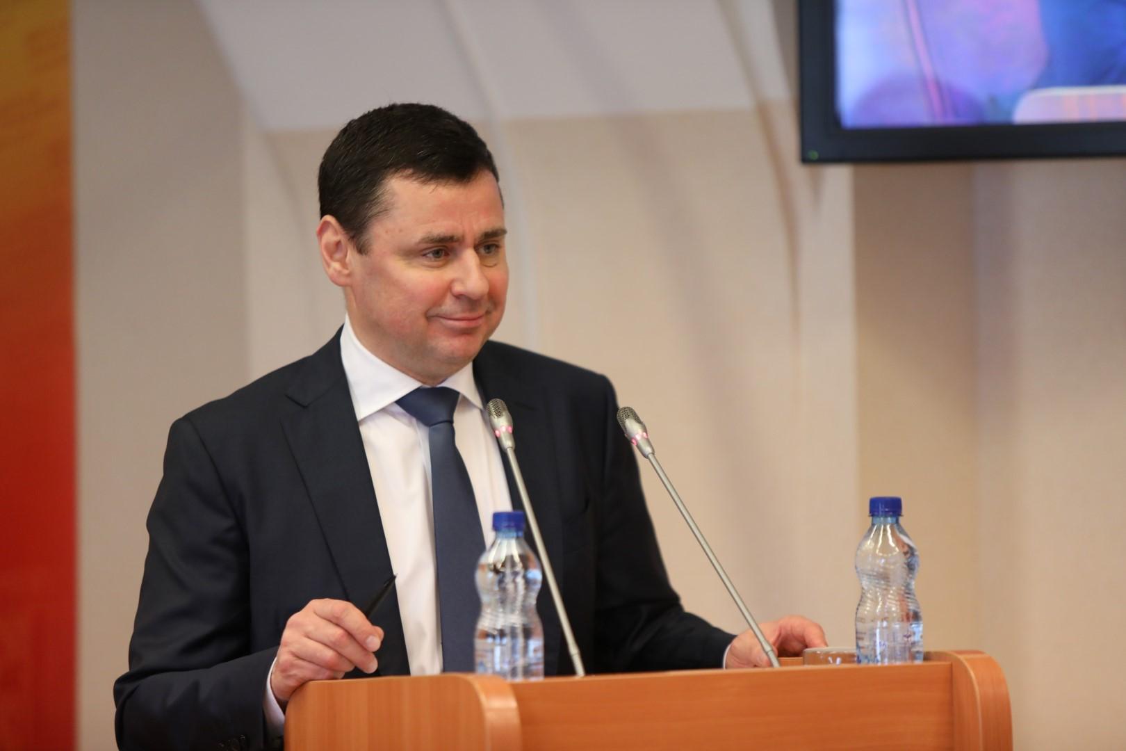 Дмитрий Миронов призвал депутатов всех партий подключиться к решению задач, обозначенных Президентом РФ