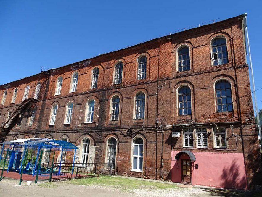 Отремонтирована кровля исторического здания мотального корпуса Ярославской Большой мануфактуры