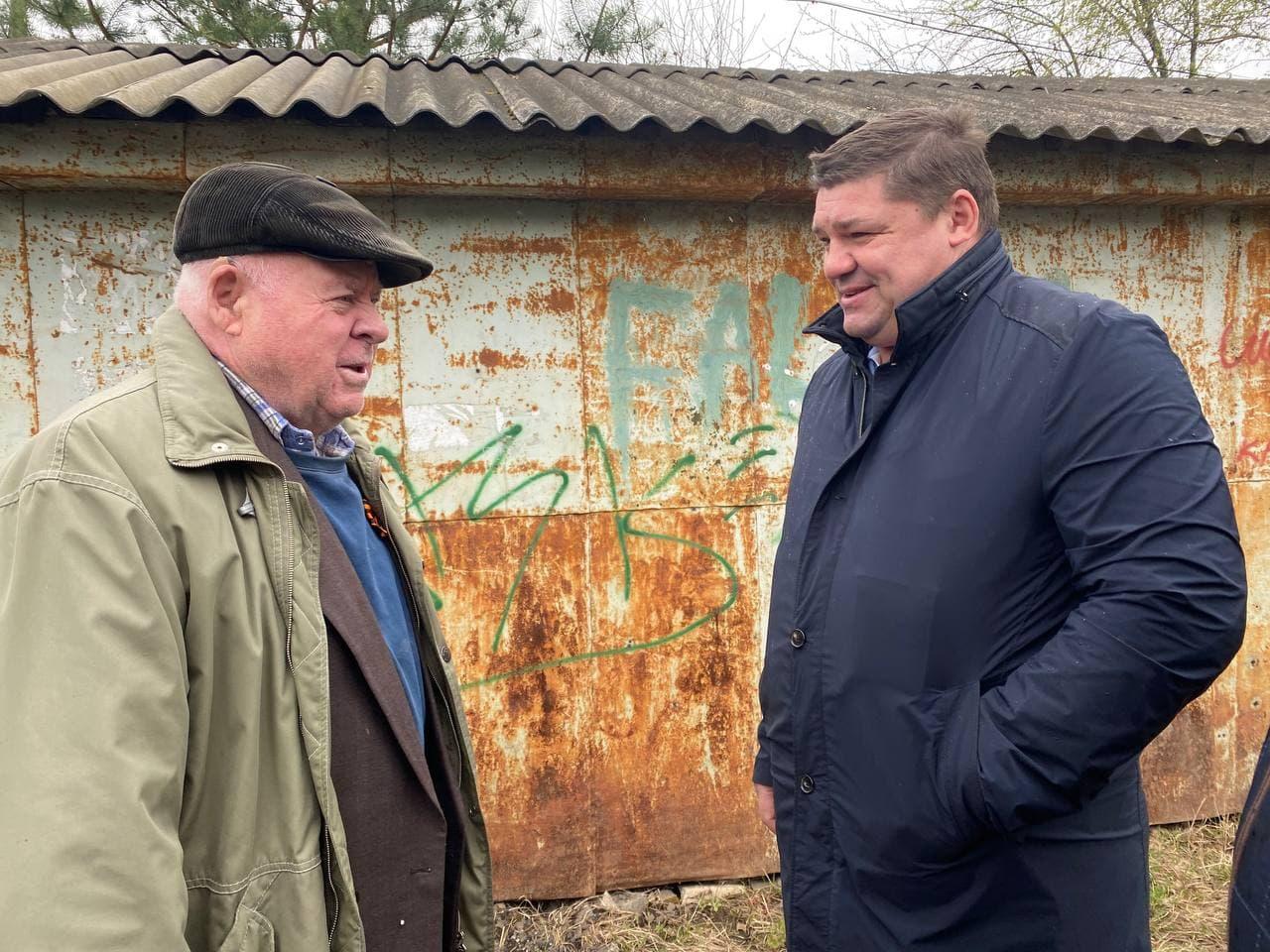 Депутат Госдумы Коваленко решает проблему ветерана, пострадавшего от подтопления