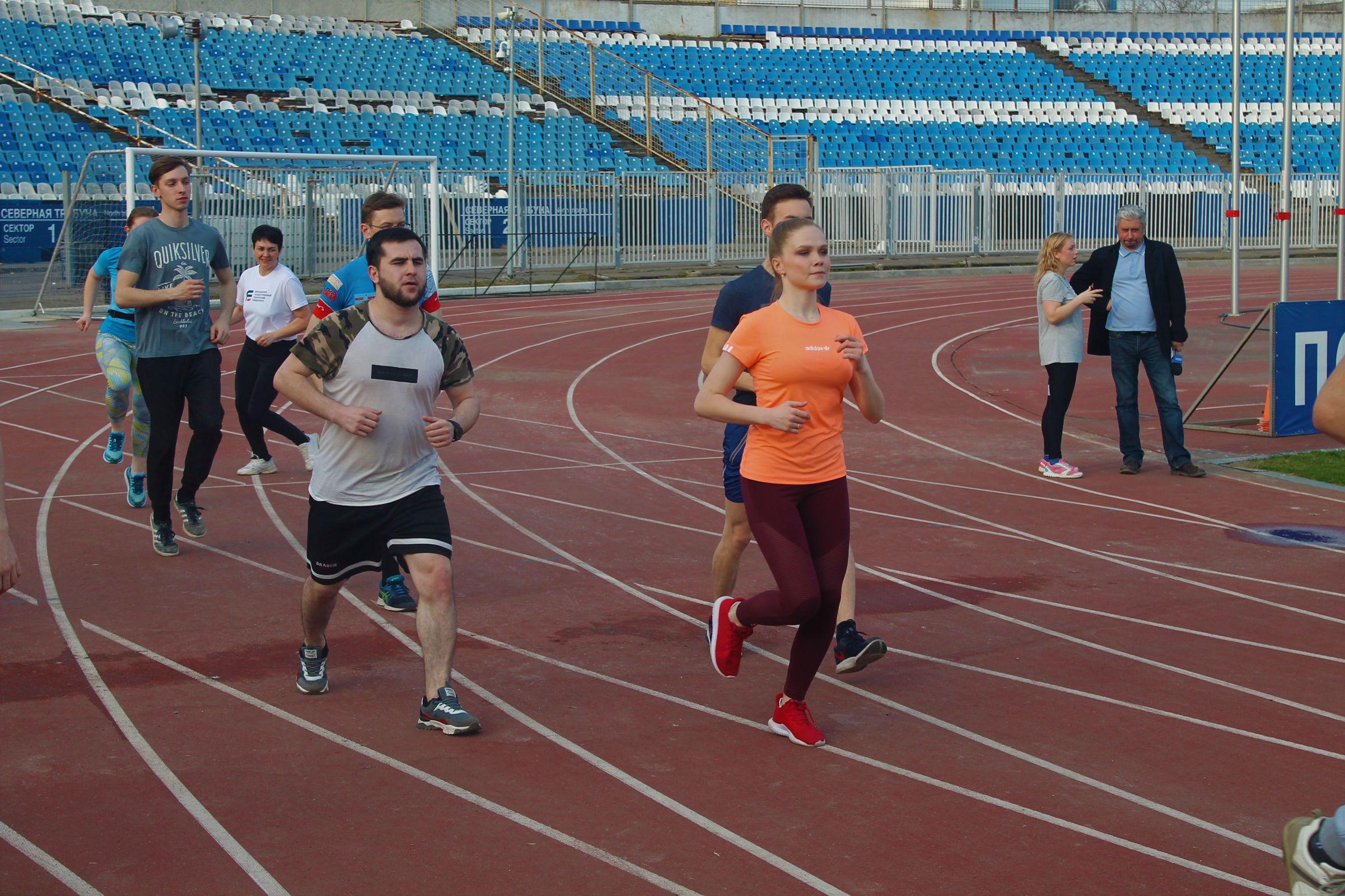 Участники первого клубного ONLINE-чемпионата по бегу среди вузов области преодолели 85 тысяч километров