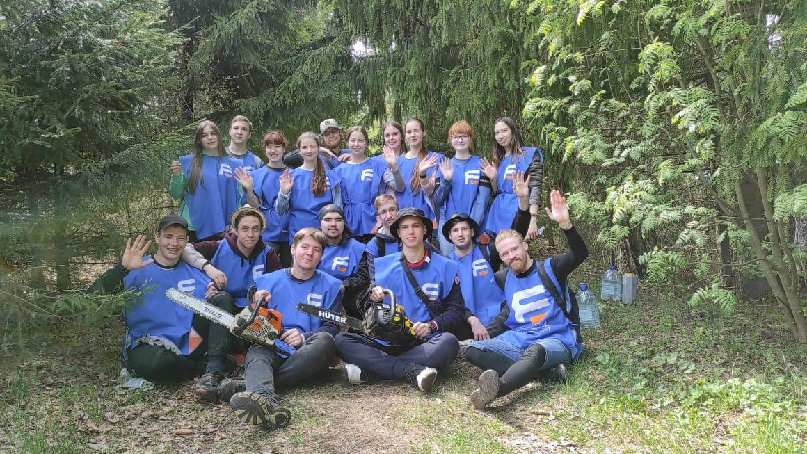 Ярославские студенты приняли участие в спортивном субботнике «Экомаевка» в Даниловском районе