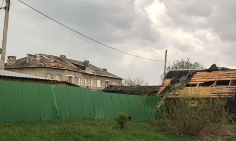 В городе Ярославской области восстановили крыши пострадавших от урагана домов