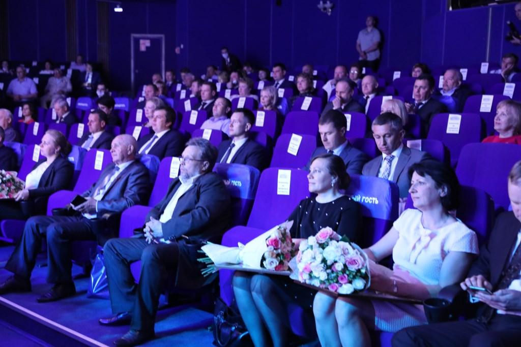 Дмитрий Миронов поблагодарил представителей муниципальных образований за работу в интересах жителей региона
