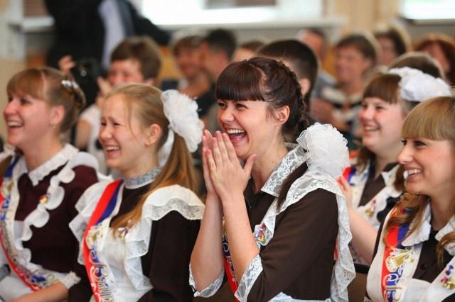 Последние звонки звучат в школах Ярославской области