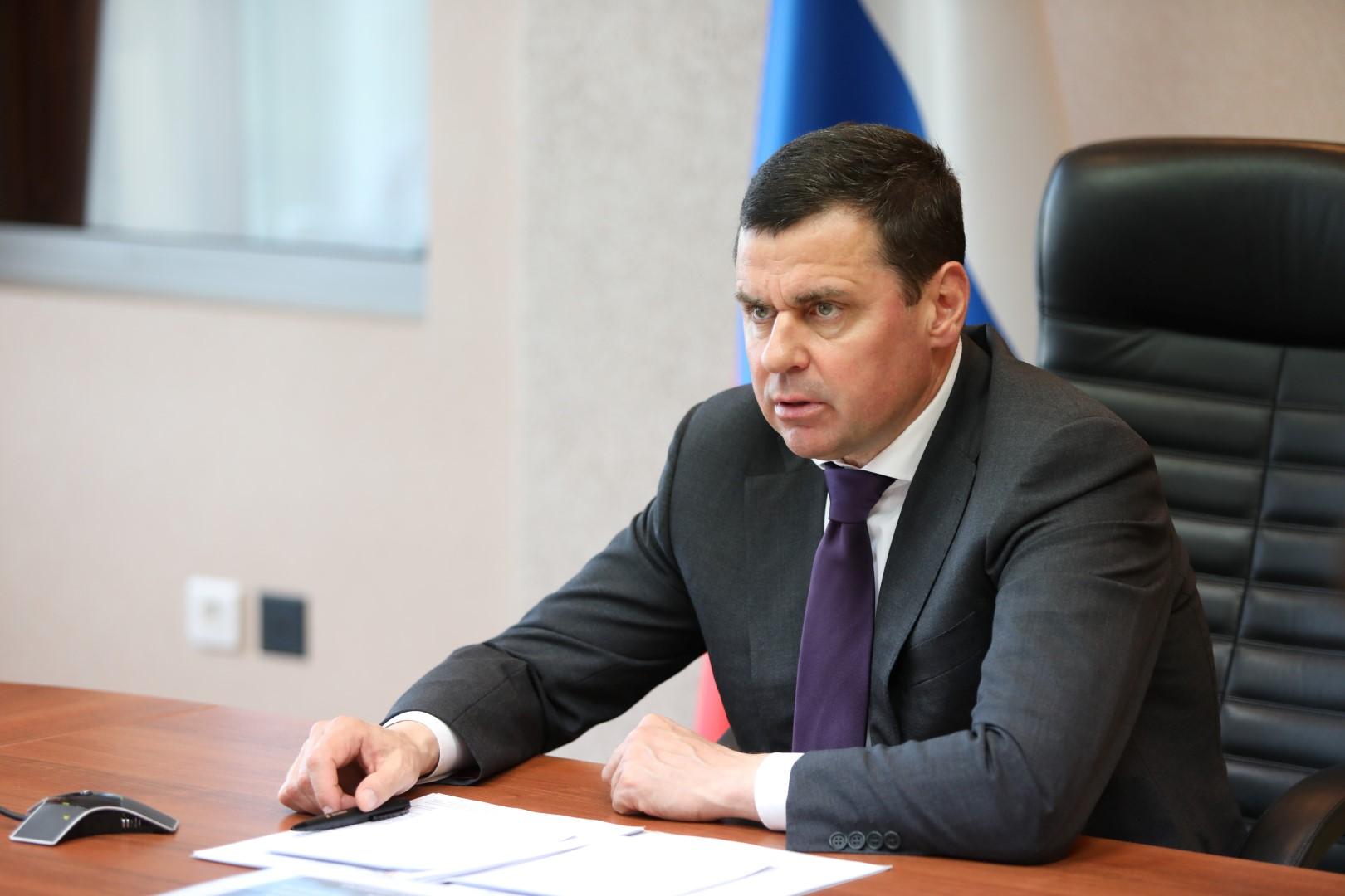 Дмитрий Миронов поручил провести ревизию объектов образования и усилить их антитеррористическую защищенность