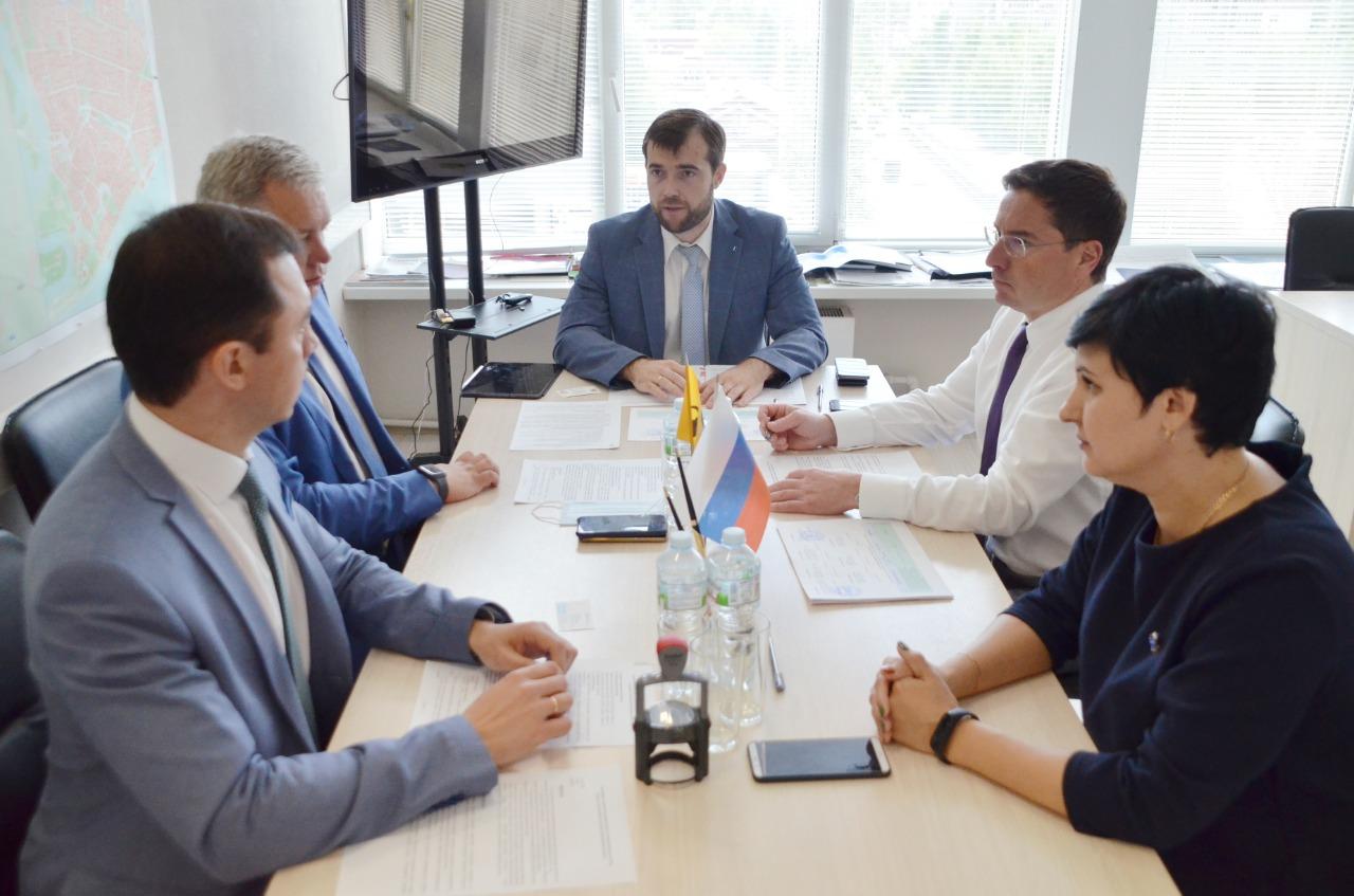 Три пришкольных стадиона откроют в Ярославской области в новом учебном году