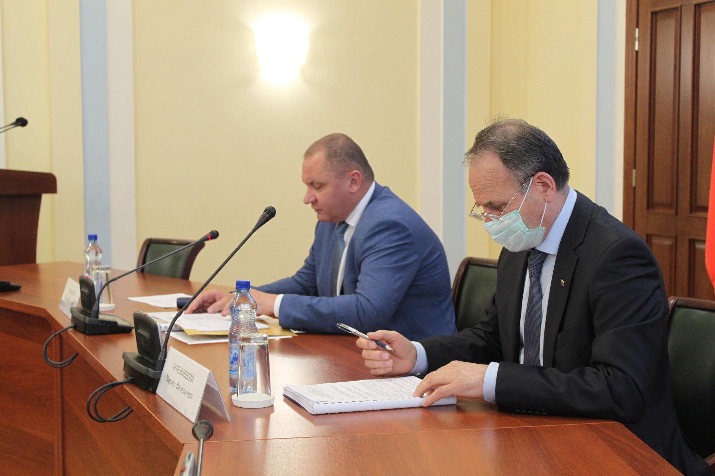 В Ярославской области обсудили организацию работы с несовершеннолетними