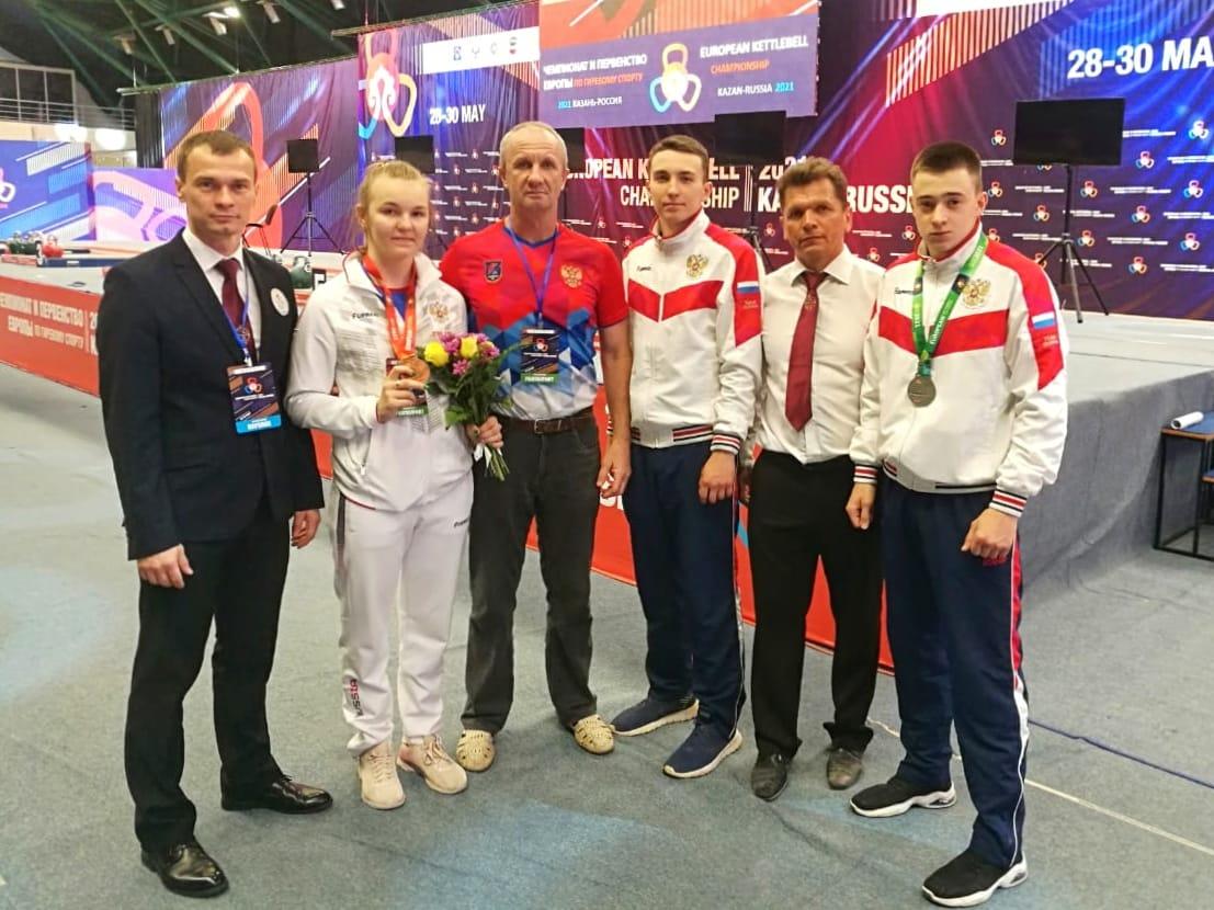 4 медали привезли ярославские спортсмены с чемпионата и первенства Европы по гиревому спорту