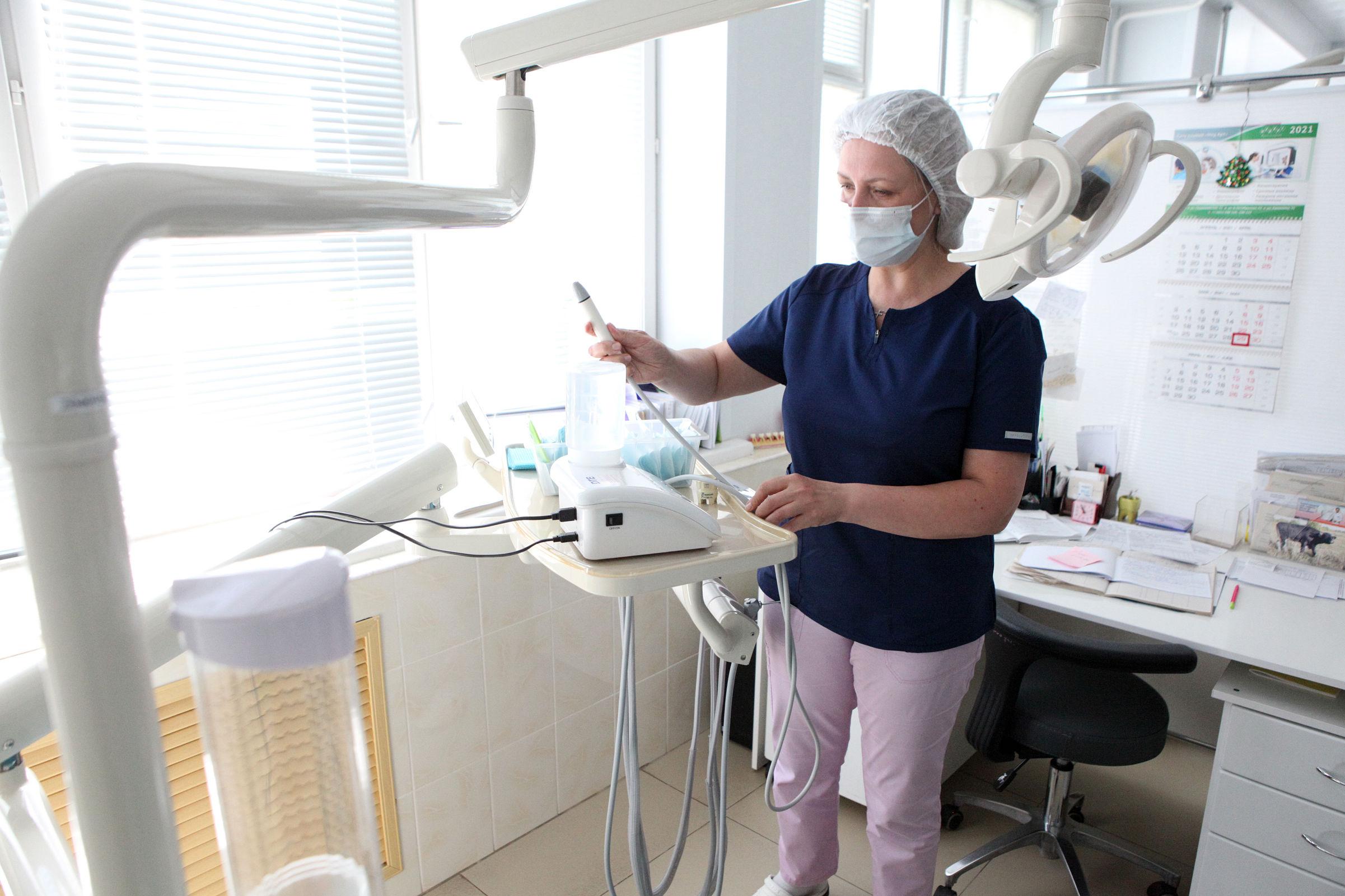 Специалисты областной стоматологической поликлиники будут выезжать в отдаленные районы для обследования жителей
