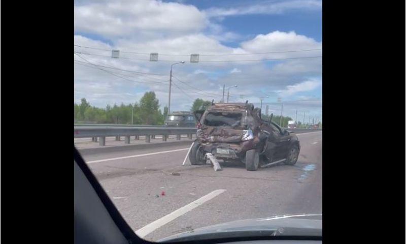 На окружной дороге Ярославля в аварии пострадал мужчина