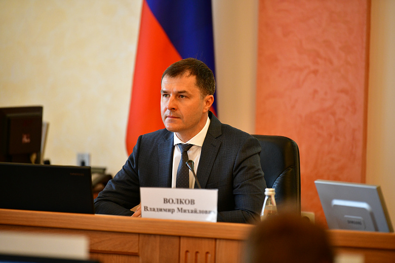 Мэр Ярославля отчитался перед депутатами за работу в прошлом году