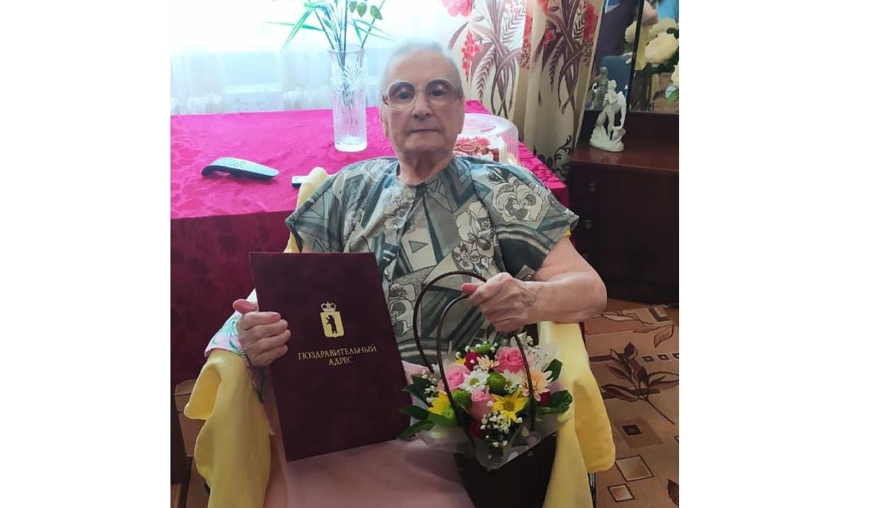 Дмитрий Миронов поздравил ярославскую долгожительницу, которой исполнилось 103 года