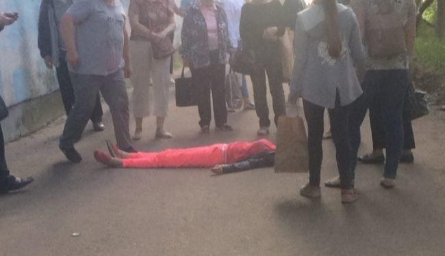В Ярославле девушка выпала с балкона третьего этажа