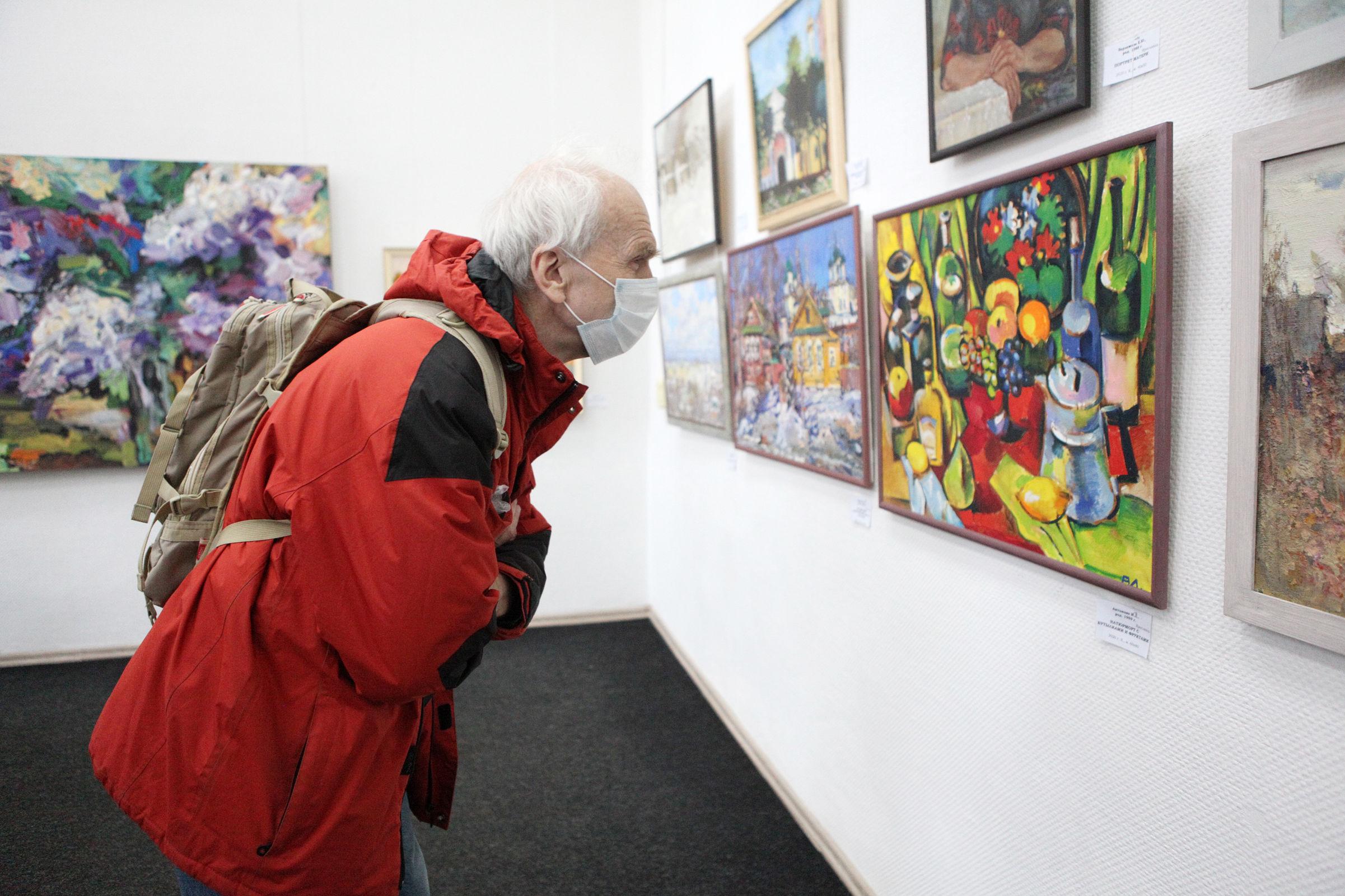 Воспоминания о будущем: областная выставка в Союзе художников поразила богатством творческой среды