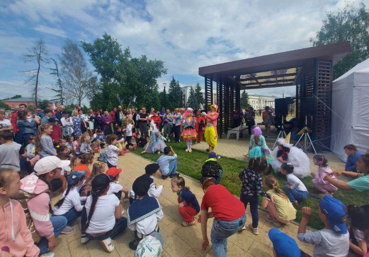 В Переславле-Залесском в День России прошел фестиваль мороженого