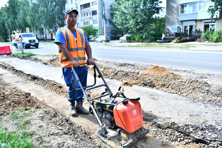 В Ярославле начали ремонтировать улицу 8 Марта