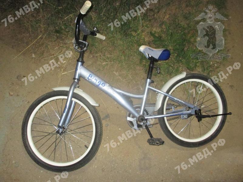 В Ярославской области подросток на скутере сбил девочку на велосипеде