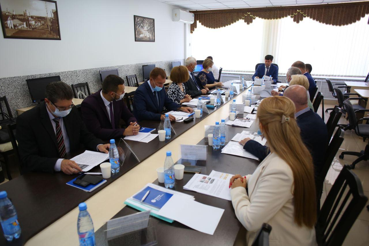 В Кирове обсудили повышение эффективности работы учебных центров «Россети Центр» и «Россети Центр и Приволжье»