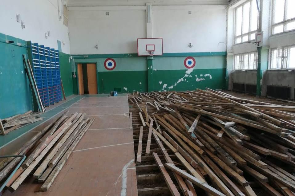 Ремонт спортивных залов в сельских школах начался в Ярославской области