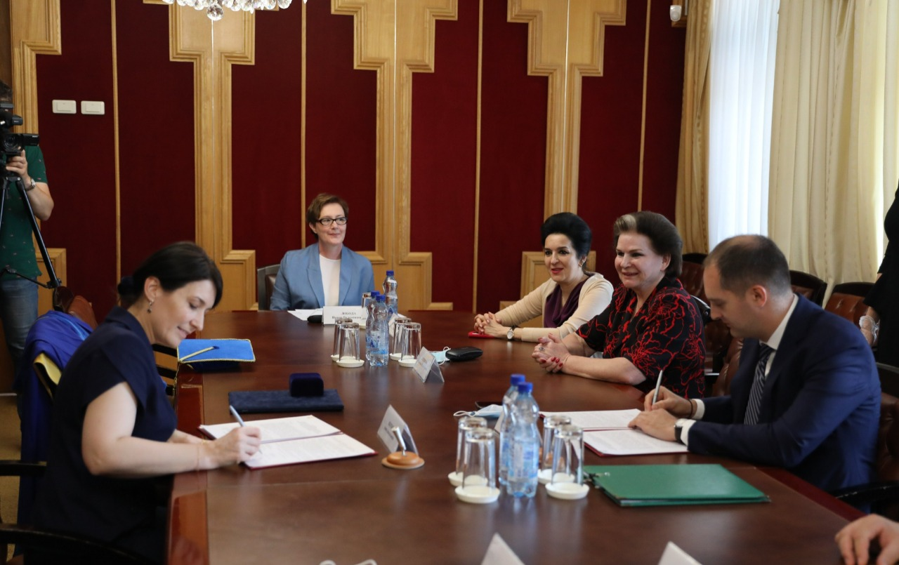 «Менделеевский класс» откроется в ярославской школе №32 имени В.В. Терешковой