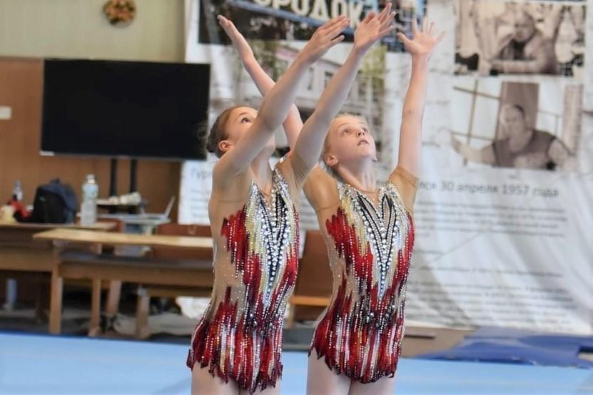 Дмитрий Миронов поздравил ярославских спортсменок с победой на чемпионате мира по спортивной акробатике