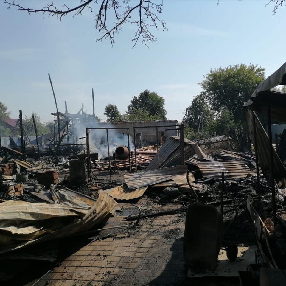 В Ярославской области сгорел музей Ежа Петровича: Дмитрий Миронов предложил оказать помощь пострадавшей семье