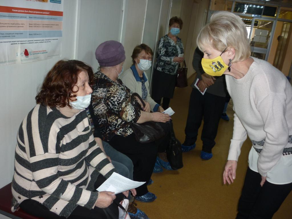 Лариса Ушакова: службы соцзащиты помогут вакцинировать жителей отдаленных сел и маломобильных граждан
