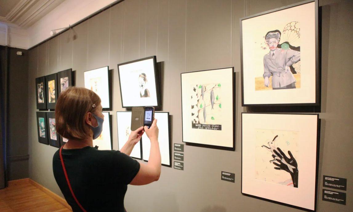 Пандемию глазами современных художников и коллекционеров представляет новая выставка в Ярославле