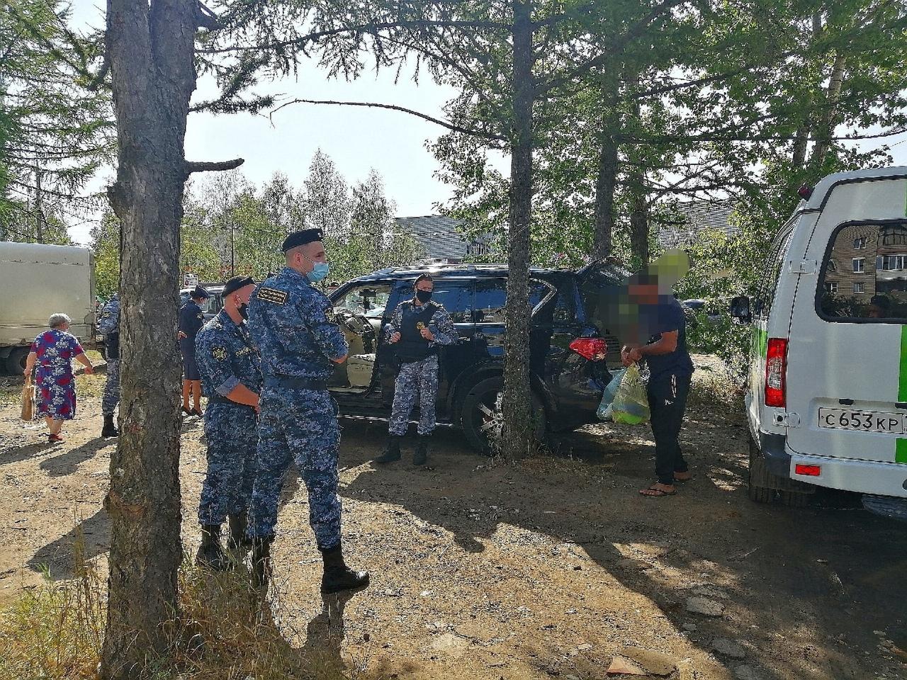В Ярославле приставы арестовали у бизнесмена две элитные иномарки