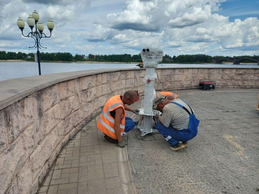 Другой берег в 12 раз ближе: в Рыбинске на Волжской набережной установили стационарный бинокль