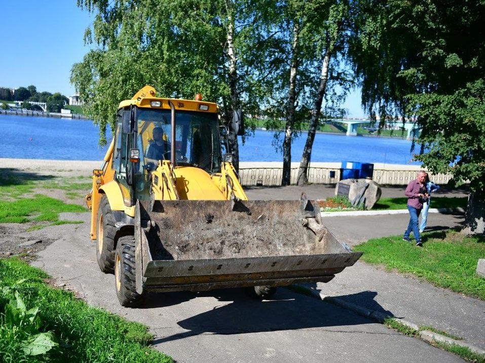 В Ярославле начали благоустройство Тверицкой набережной
