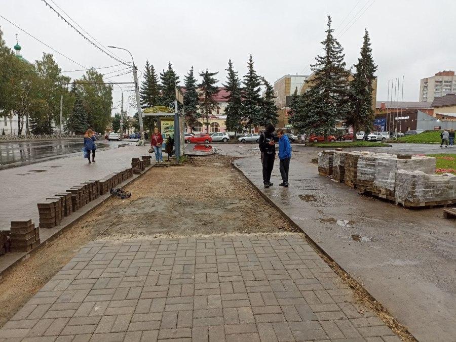 В Рыбинске у универмага «Юбилейный» появятся два остановочных павильона