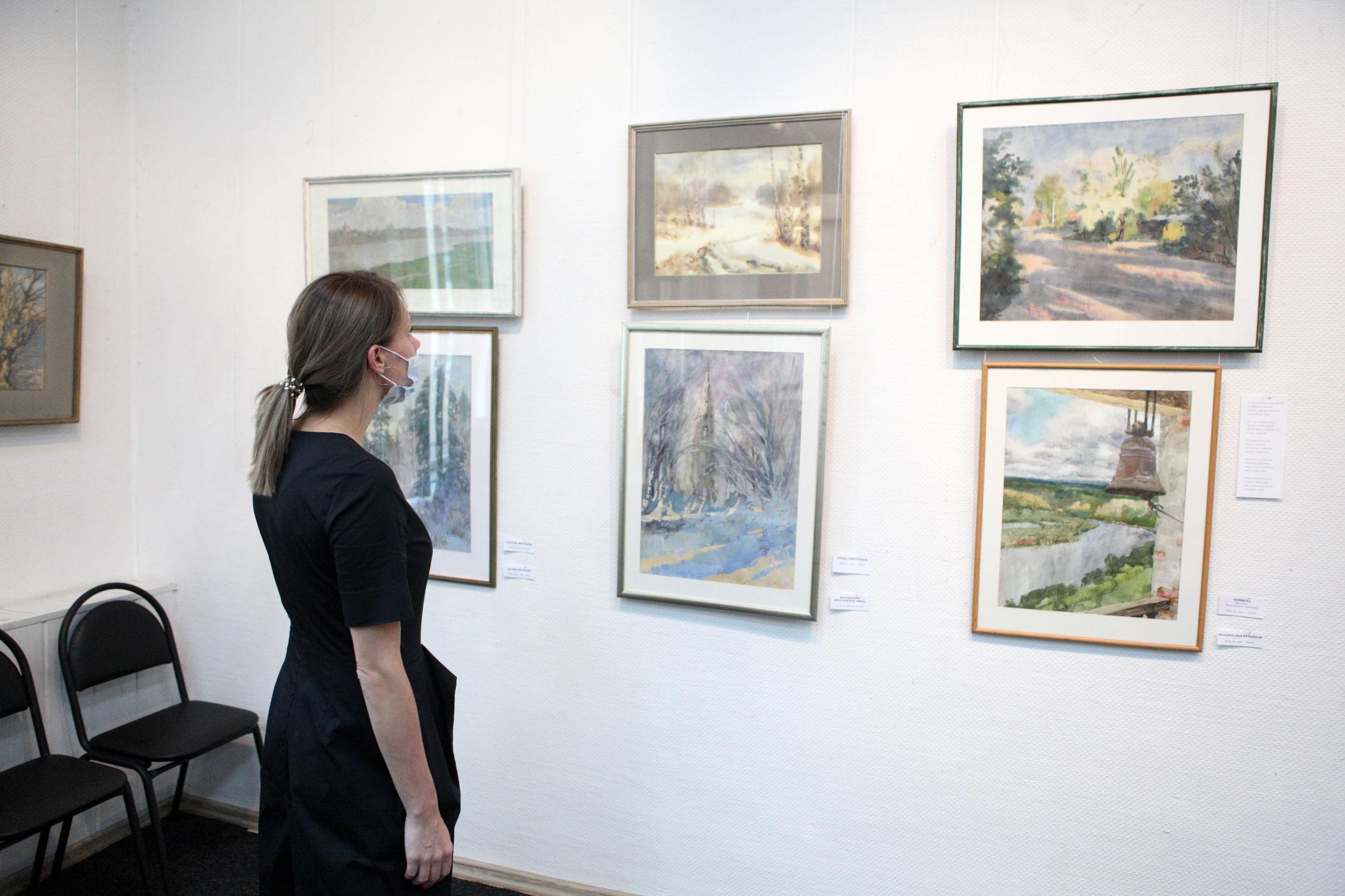 В Ярославле открылась выставка потерявшего зрение художника