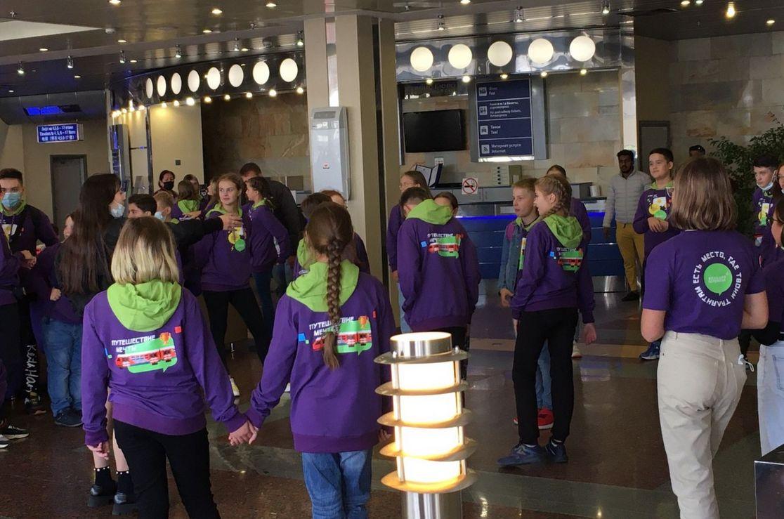 Ярославские школьницы – победители конкурса «Большая перемена» отправились в «Путешествие мечты»