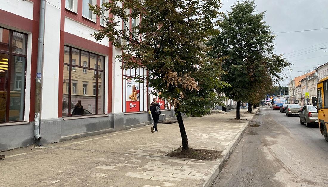 В мэрии Ярославля назвали окончательные сроки завершения ремонта на Комсомольской улице