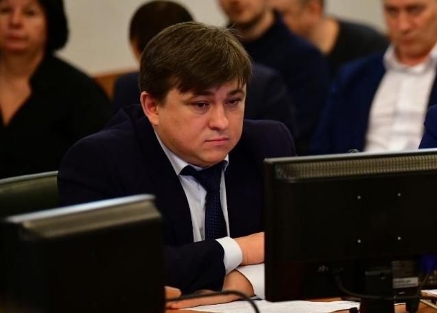 В Ярославской области бывшего чиновника осудили за взятки общей суммой почти в миллион рублей