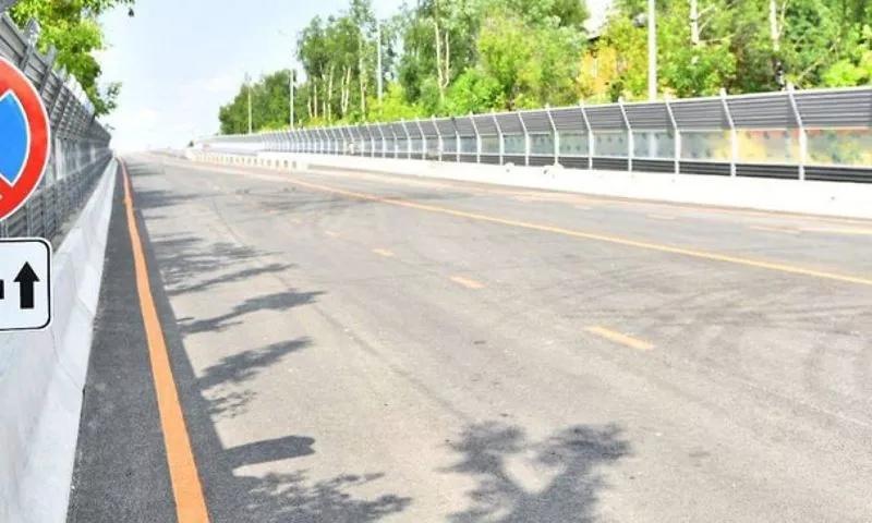 В мэрии Ярославля пояснили, почему проезд по закрытой части Добрынинского моста открывали на непродолжительное время
