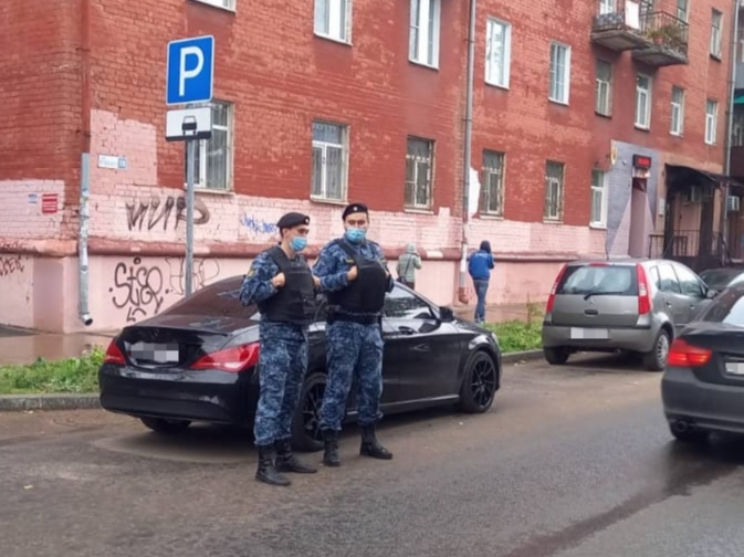 У ярославского продавца магической атрибутики за долг в 1,5 миллиона забрали машину, которую он взял в кредит