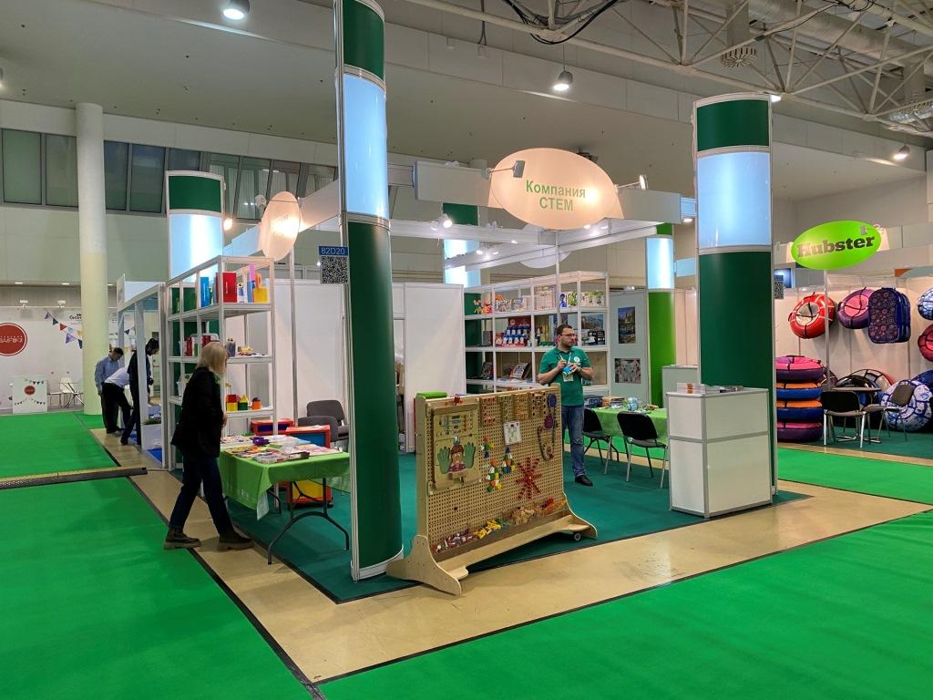 Ярославцы представили конструкторы из кукурузы на международной детской выставке
