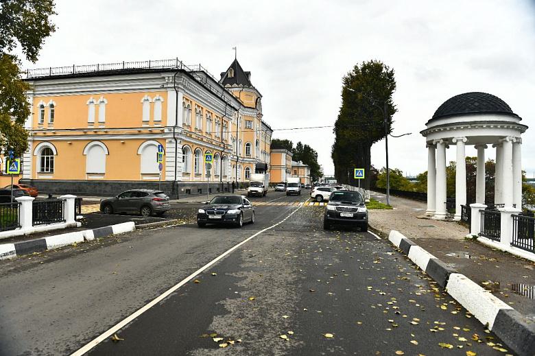 В Ярославле завершили ремонт Волжской набережной