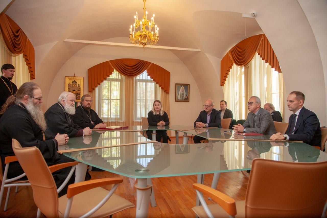 Более 20 памятников отреставрируют в рамках проекта «Ростов Великий – духовный центр России»