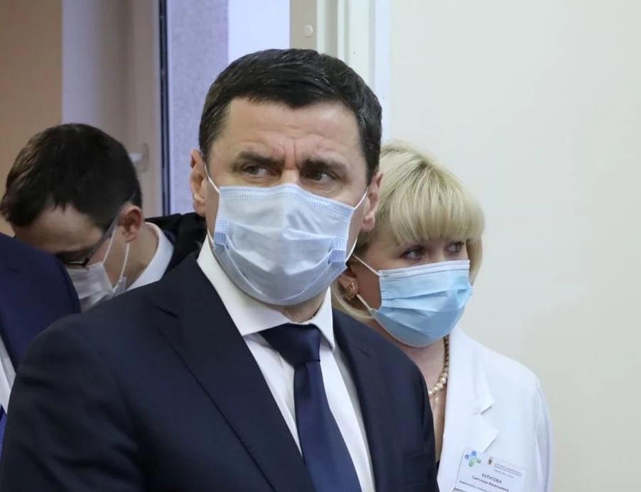 Дмитрий Миронов сообщил об ужесточении антикоронавирусных проверок и рекомендовал переводить сотрудников на удаленку