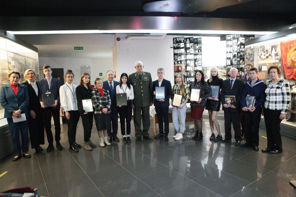 Ярославские школьники стали лауреатами всероссийского конкурса сочинений о войне