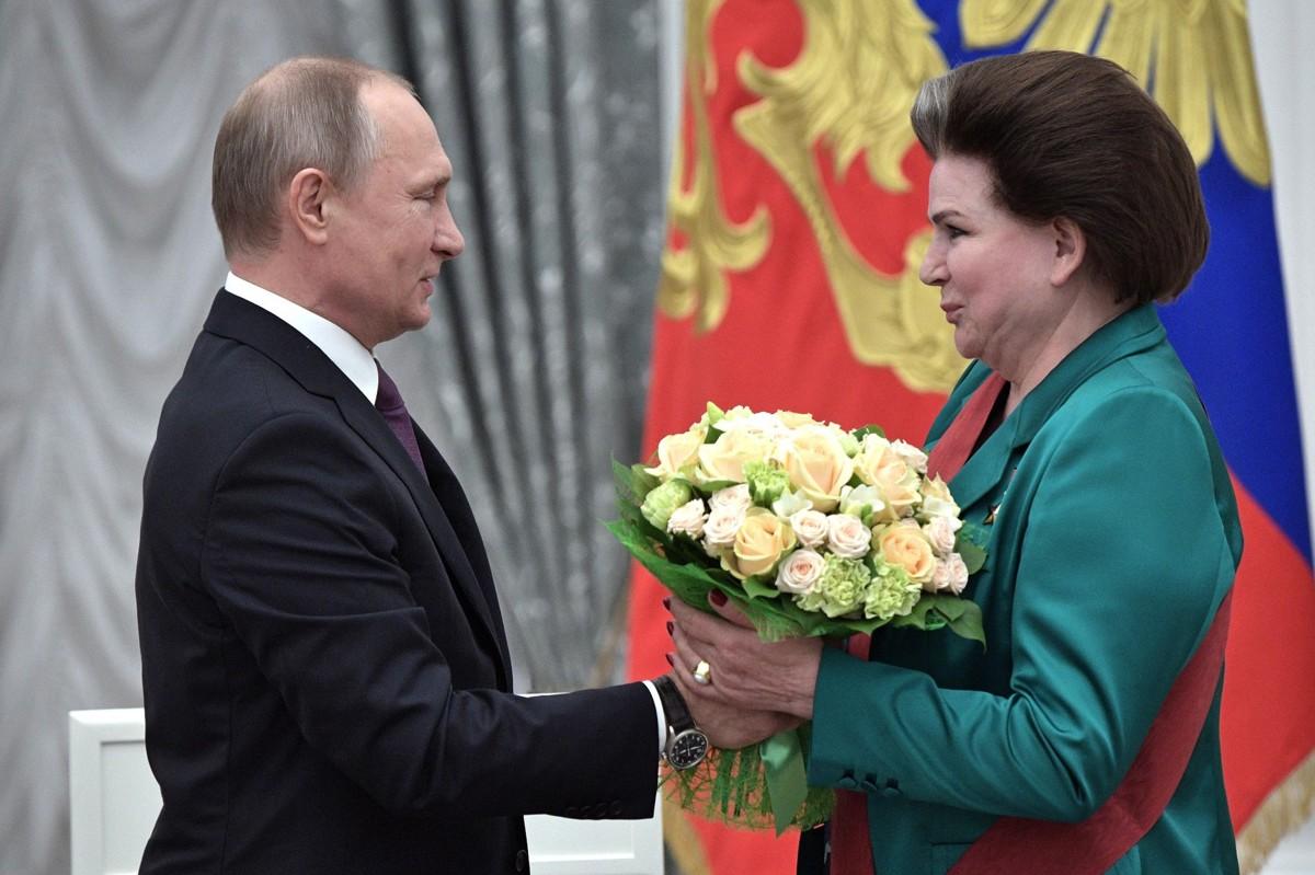Владимир Путин вручил Валентине Терешковой орден «За заслуги перед Отечеством» I степени