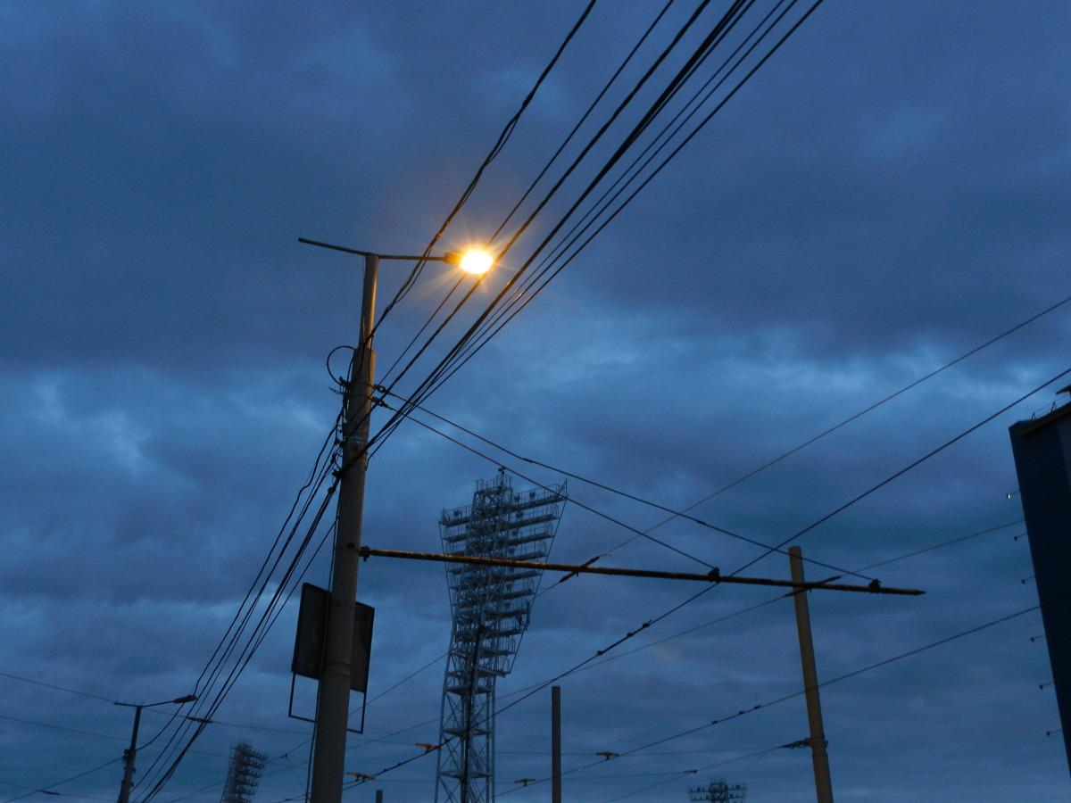 Куда обратиться с заявкой на неработающий фонарь?