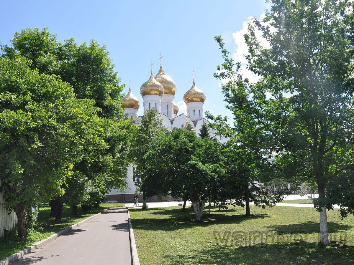 Православные ярославцы готовятся к Успенскому посту