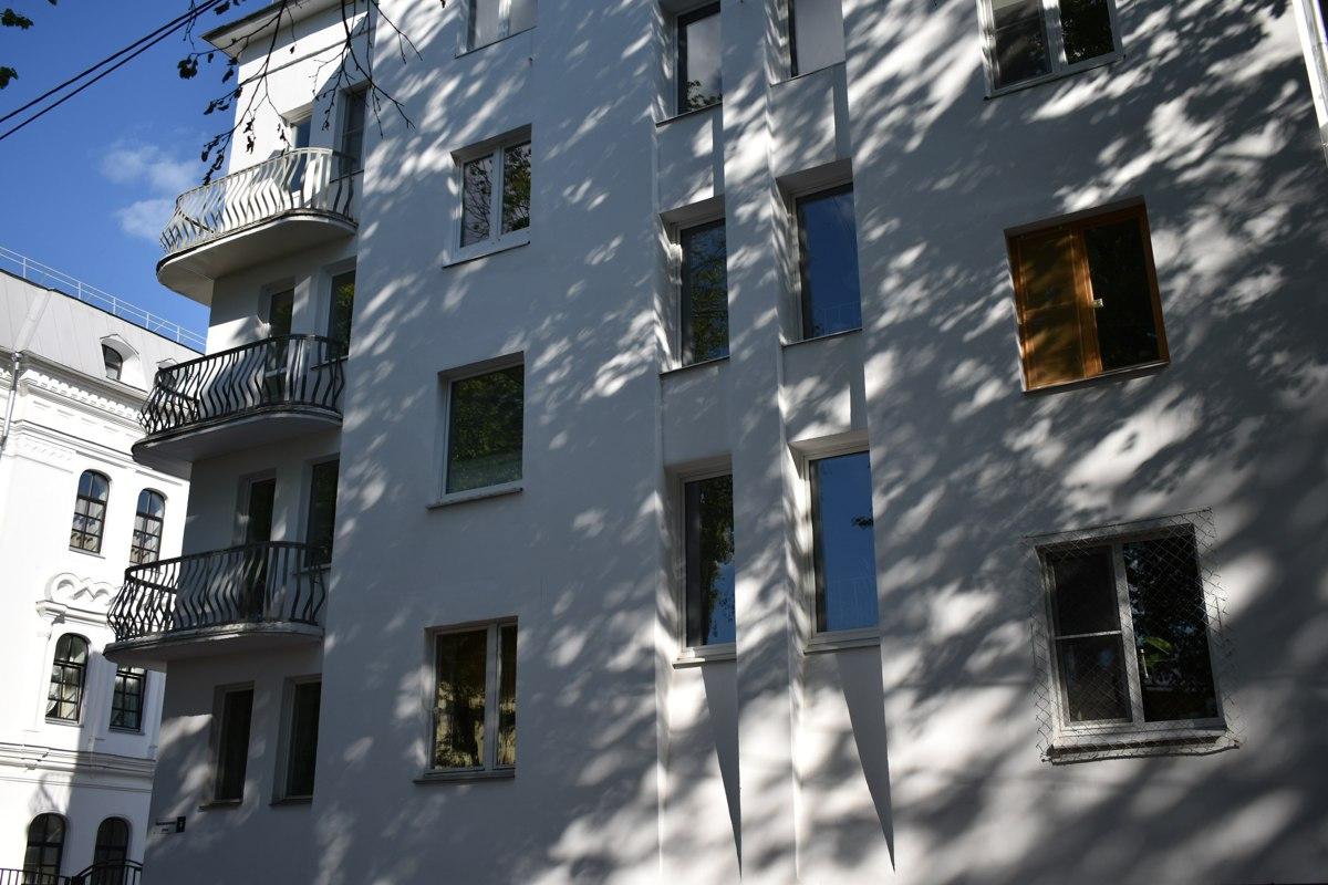 В Ярославле погиб двухлетний мальчик, выпав из окна девятого этажа