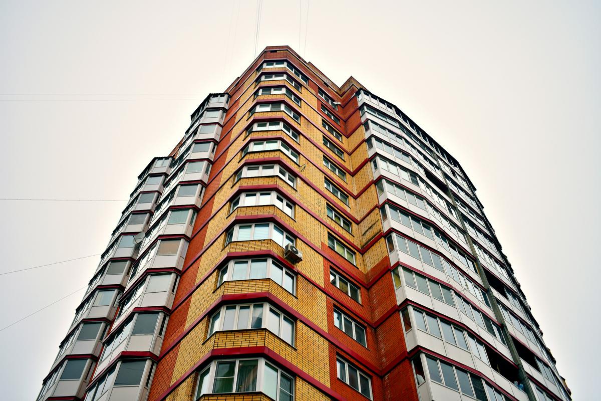 Дмитрий Миронов: «В этом году планируется ввести в эксплуатацию 13 проблемных многоквартирных домов»