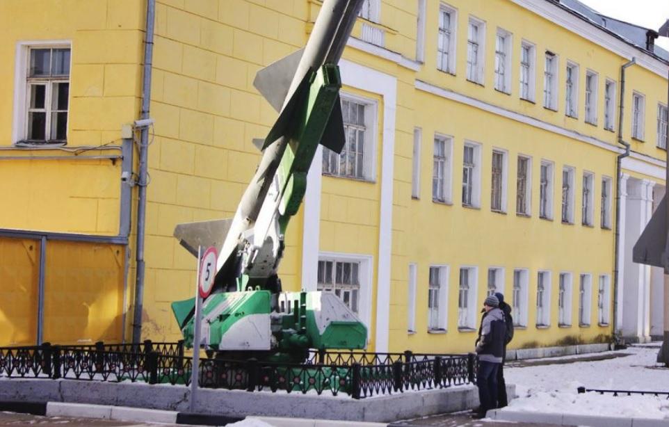 Преподаватель военного училища в Ярославле покончил с собой прямо в аудитории