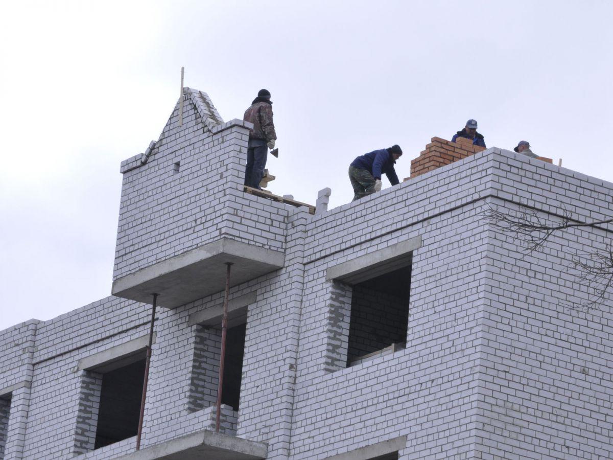В Ярославле незаконно возводят гостиницу